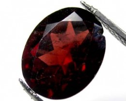 NATURAL GARNET OVAL SHAPE 3.10 CARATS ROI 1530