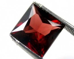 NATURAL GARNET SQUARE CUT 3.15 CARATS RL51