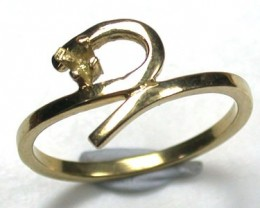 18 K GOLD RING FINDING POLISHED RING SIZE 5   L284