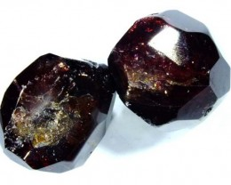 GARNET FACETED BEAD 2 PCS 75  CTS NP-1049