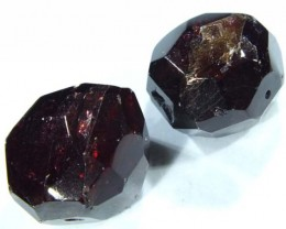 GARNET NATURAL BEAD DRILLED 2 PCS 95 CTS  NP-722