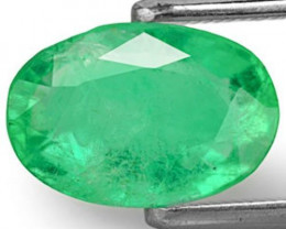 Colombia Emerald, 2.61 Carats, Vivid Green Oval