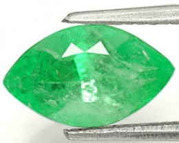 Colombia Emerald, 2.30 Carats, Intense Green Marquise