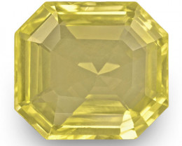 IGI Certified Sri Lanka Yellow Sapphire, 4.07 Carats, Lustrous Yellow