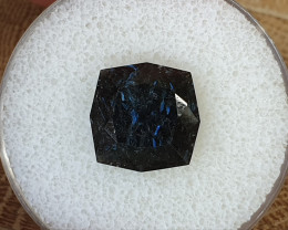 8,62ct Nuumite - rare stone!