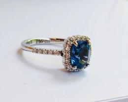 Vintage Engagement Ring Women Blue Sapphire 1.5 ct Cornflower Light Blue Ce