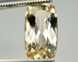 Superb Quality 2.85 Ct Natural Peach Color Imperial Topaz. RA