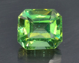 3.54 Cts Green Apatite ~ Awesome Color and Luster ~ AT5