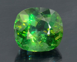 7.07 Cts Green Apatite ~ Awesome Color and Luster ~ AT6