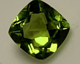 Jewellery grade Peridot Square facet 7mm No Reserve