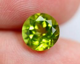 2.06cts Natural Apple Green Colour Peridot / JU389
