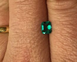 0,55ct Colombian Emerald ref 4/21 Colombian Emerald Colombian Em