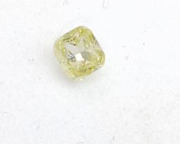 0.14ct Fancy Light yellowish Green  Diamond , 100% Natural Untreated