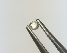 0.01 L VS2 round diamond