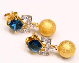 3.30g 925 Sterling Silver Natural Blue Topaz Earrings D2709