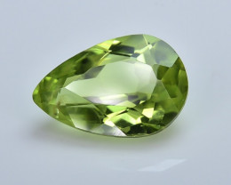 1.96 Crt Peridot Faceted Gemstone (R40)