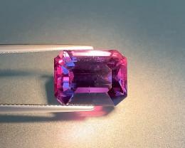 Natural Violet to Purplish-Red Color Change Sapphire - 15.03ct - Tanzania -
