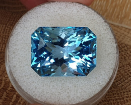 29.25ct Swiss blue Topaz - Master cut!