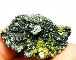 Amazing and cute Epidote  with lovely  Black Mica 60 Cts - Afghanistan