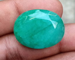 BIG EMERALD GEMSTONE NATURAL GEM Treated VA2423