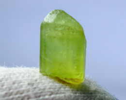 4.50 CT Natural & Unheated Green Peridot Crystal