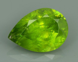 4.95 Cts:Lustrous Vivid Greenish Yellow Hue Natural Sphene!!