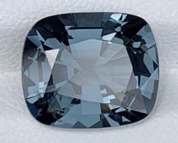 4.77 Carats Spinel Gemstones