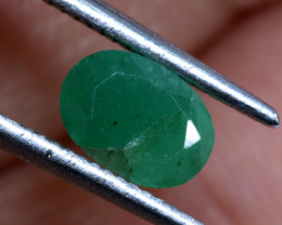 FACETED OILED EMERALD 0.90CTS ADG-684