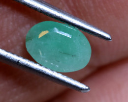 FACETED DYED EMERALD 0.60CTS ADG-686