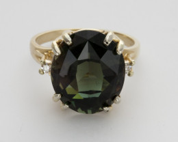 9.3ct Green Sunstone Gold Ring with Diamonds (S37R)