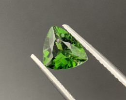 2.15 Cts VIVID GREEN Top Quality Natural Chrome Tourmaline
