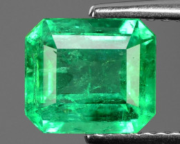 1.47 Cts NATURAL EARTH MINED GREEN COLOR COLOMBIAN EMERALD LOOSE GEMSTONE