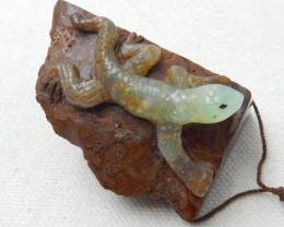 277cts New Design Chrysoprase Craved Lizard Pendant E158