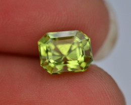 AAA Color & Cut 2.20 ct  Himalayan Peridot ~ Pakistan