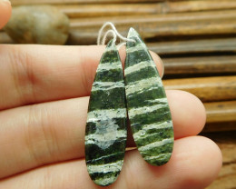 Green gemstone pair green zebra handmade earring (G1357)