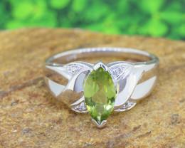 Peridot & Diamond Natural 925 Sterling Silver Ring SIZE 7  (SSR0581)