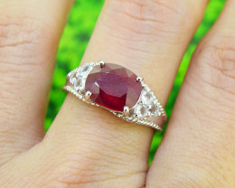 Attractive Ruby (LGF) 925 Sterling Silver Ring SIZE 7 (SSR0576)