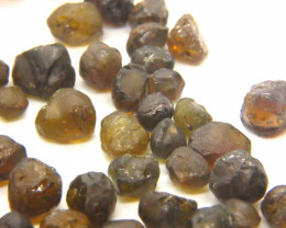 176Ct Natural Mali Garnet Facet Rough Parcel