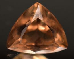 6.75 Carats Topaz Gemstone