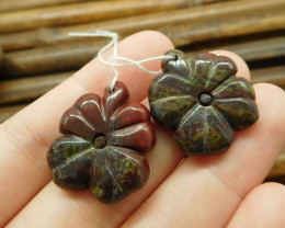 Dragon bloodstone handmade pendant bead leaf carving natural stone (G1728)