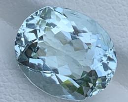 4.68 Carats Aquamarine Gemstones