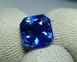 CERTIFIED 4.02 CTS NATURAL STUNNING ROYAL BLUE SAPPHIRE SRI LANKA