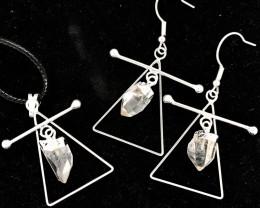 Raw Crystal Triangle Earth Symbol - 3 pc set - BR 1478