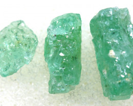 1.85 CTS Emerald Rough  RG-4800