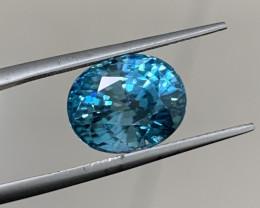 8.09 Carats Zircon Gemstones