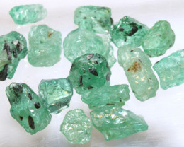 10.10- CTS Emerald Rough  Parcel RG-4807