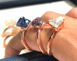 Eight Raw gemstones Ring Size 8Copper Rings BR 2421