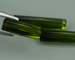 3.90 CTS DAZZLING NATURAL GREEN TOURMALINE MOZAMBIQUE