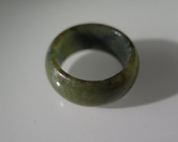 NATURAL JADE RING from BURMA....23.67cts...size 8  2/4