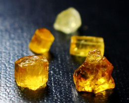 12.30 CT Natural  Beautiful  Yellow Heliodor Crystal Rough Lot